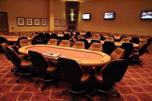 Jumers Casino & Hotel - Rock Island, IL 61201