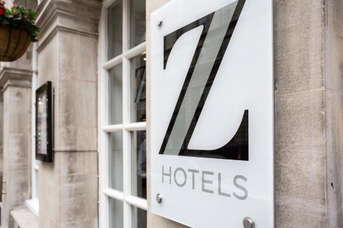 The Z Hotel Victoria picture 1 of 31