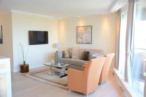 Luxury apartment near trade fair photo 3