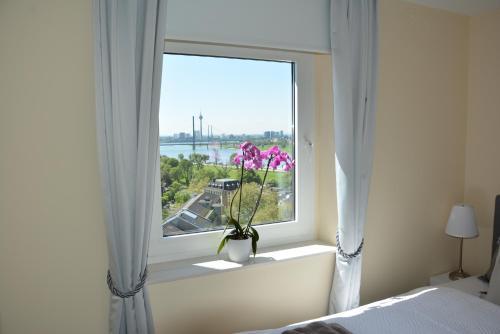 Luxury apartment near trade fair photo 7
