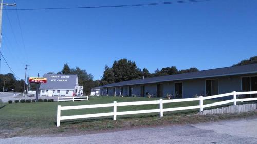 Motel Lakewood, Inc. Main image 2
