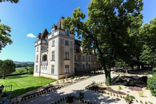 . Domaine du Château de Monrecour - Hôtel et Restaurant - Proche Sarlat