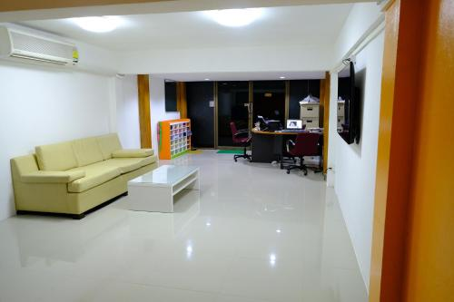 Donmueang Airport Residence photo 22