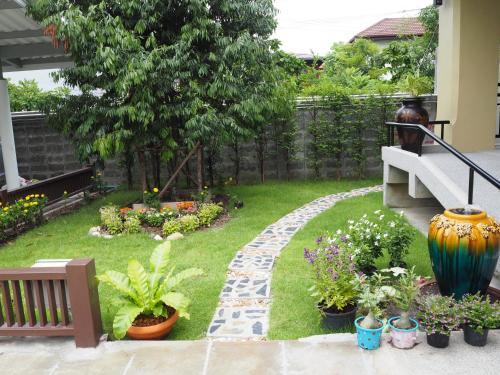 Sukhumvit 50 Garden Home photo 16