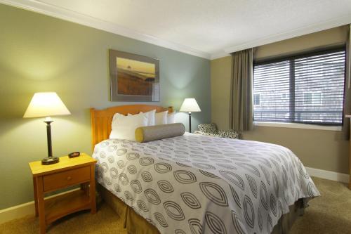 Tolovana Inn Serviced Apartment Cannon Beach Or Deals Photos Reviews