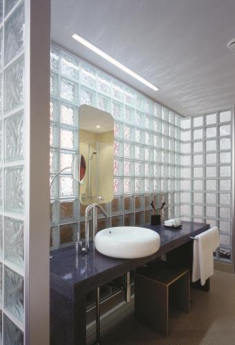 Mövenpick Hotel Berlin Am Potsdamer Platz Улучшенный двухместный номер с 2 отдельными кроватями