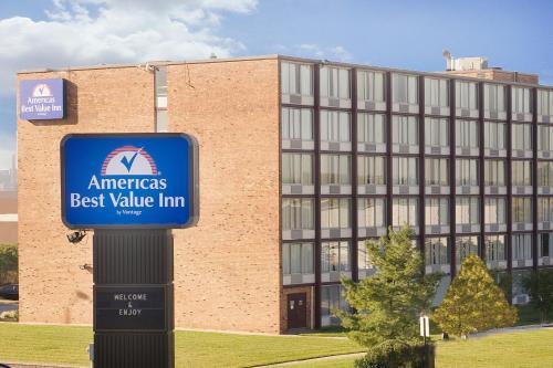 Americas Best Value Inn - Baltimore Main image 2