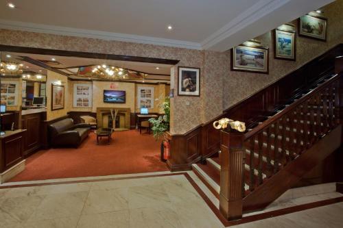 Britannia Hotel Wolverhampton - Photo 7 of 27