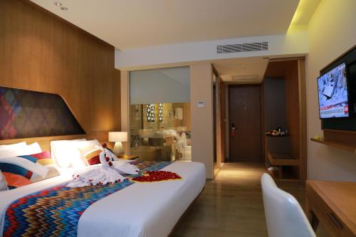 Special Offer - Stay and Dive at Deluxe Double Room (Special Offer - Stay and Dove at Deluxe Double Room)