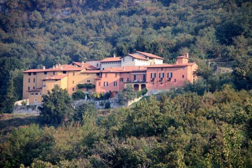 . Antico Borgo Camporeso
