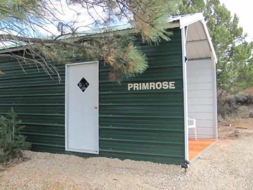 . Primrose Cabin Glamour Camping, Hot showers, Stunning Night Sky