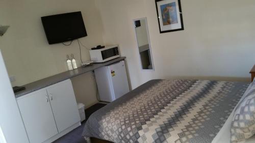 Фото отеля Kaniva Midway Motel