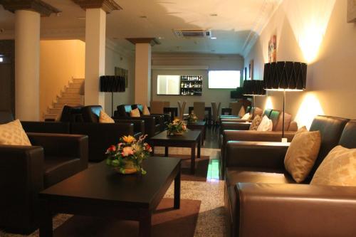. Hotel Império