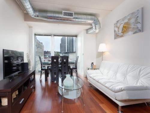 . Fantastic Philly Fully Furnished Apartments