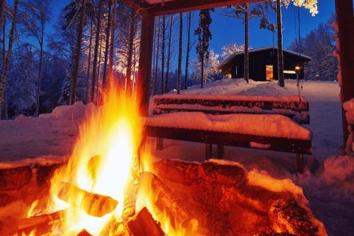 Lapland Riverside Cabin