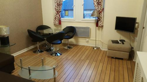 My Glasgow House - Central picture 1 of 36