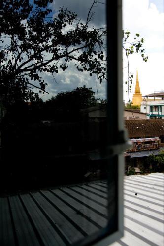 Baan Nampetch Hostel photo 2