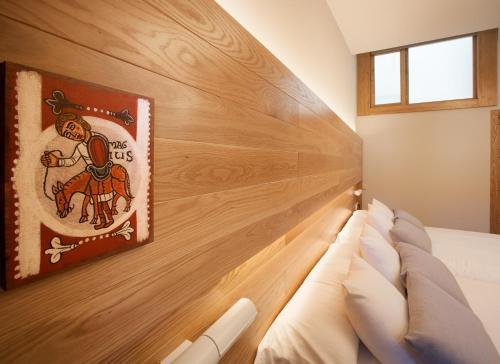 Habitación Doble Superior con aparcamiento gratuito Hotel Real Colegiata San Isidoro 14