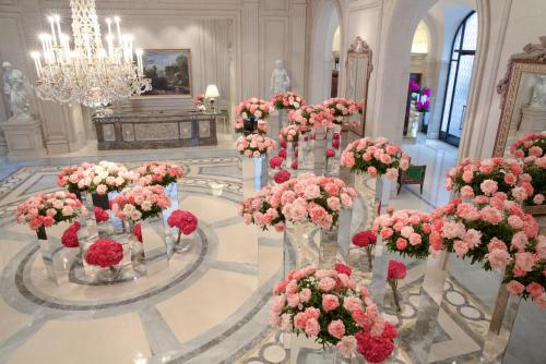 Four Seasons Hotel George V Paris photo 42