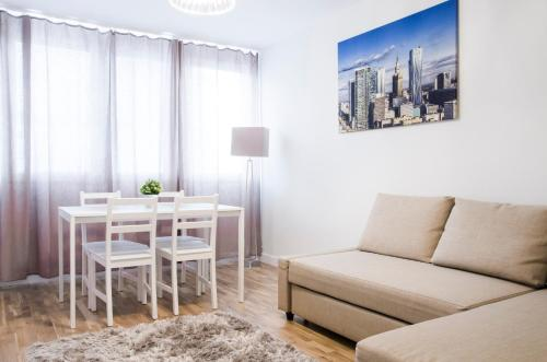 Apartment mit 1 Schlafzimmer und Balkon – 15. Etage (One-Bedroom Apartment with Balcony - 15th floor)