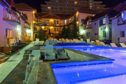 . Complex Turistic Monaco