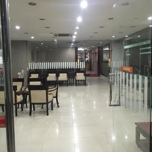 Mall Suites Express photo 16