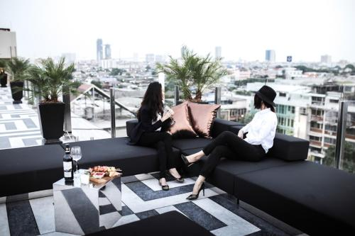 Hotel Once Bangkok photo 36
