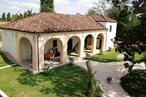 . Villa Pastori