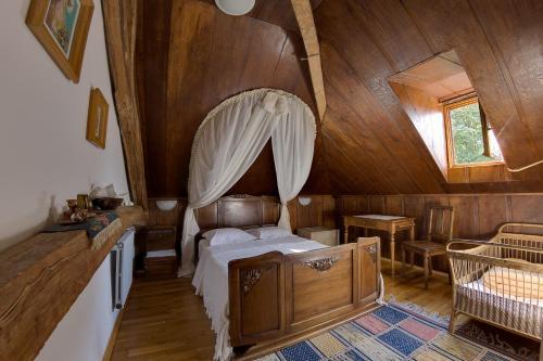 Chateau-Gaillard - Accommodation - Corbelin