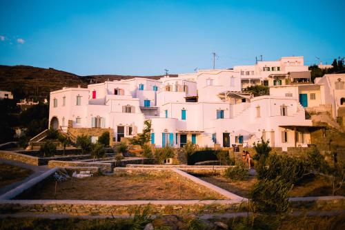 . Kamares Vacation Villas