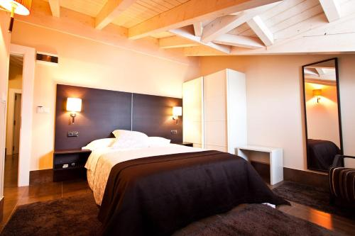 . Hotel Restaurante Puente Romano