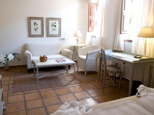 Premium Twin Room Palacio De Los Navas 3