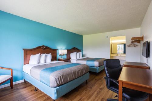 Motel 6 Spring Hill Weeki Wachee - Spring Hill, FL 34606