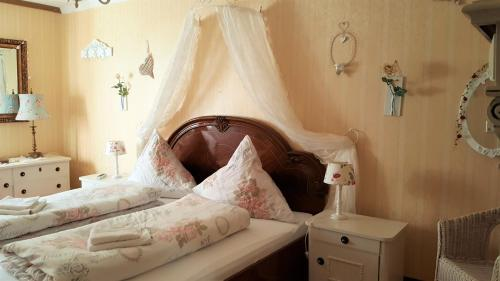 B&B Märchenhaftes - Accommodation - Alsfeld