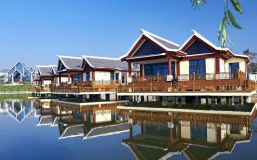 . Tangpo Hot Spring Resorts