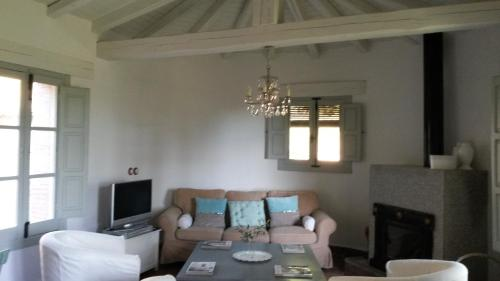 Two-Bedroom House El Vergel de Chilla 48