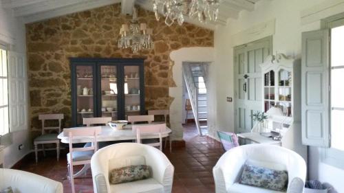 Two-Bedroom House El Vergel de Chilla 46