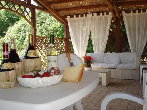 Giulia Superior Apartment Shared Pool Wi Fi