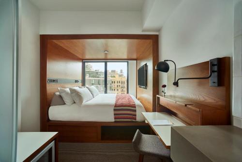 231 Hudson Street, New York, NY 10013, United States.