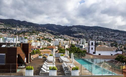Rua do Castanheiro 31, 9000-081 Funchal, Madeira, Portugal.