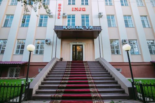 . Hotel Inju