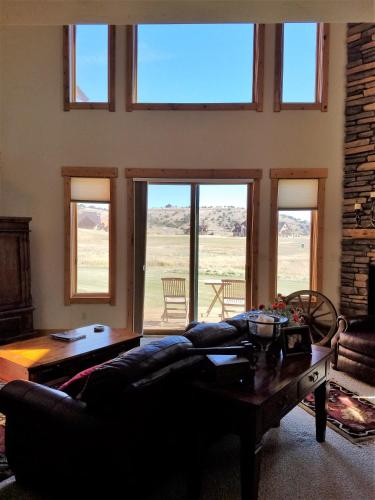 Artist's Retreat - South Fork, CO 81154