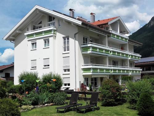 Alpenflair Ferienwohnungen Whg 301 - Apartment - Oberstdorf