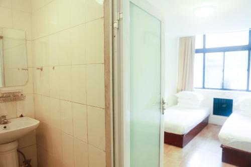 Beijing Yirenyuan Hostel photo 6