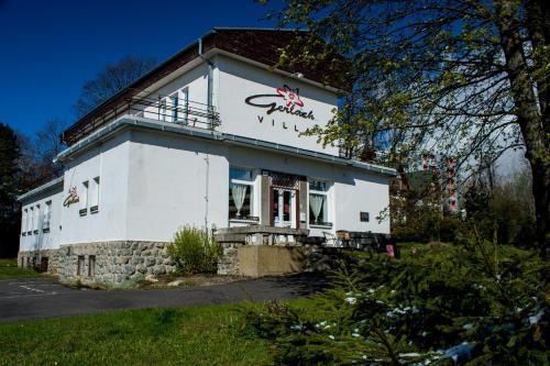 Penzion Villa Gerlach - Accommodation - Vysoké Tatry