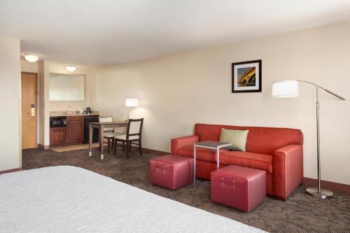 Hampton Inn & Suites Detroit Sterling Heights - Sterling Heights, MI MI 48312