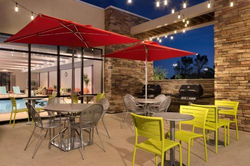 Home2 Suites Denver/Highlands Ranch - Highlands Ranch, CO 80129