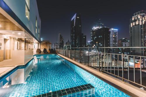 Adelphi Suites Bangkok photo 18