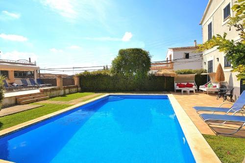 034 Llubi Town House in Majorca room photos
