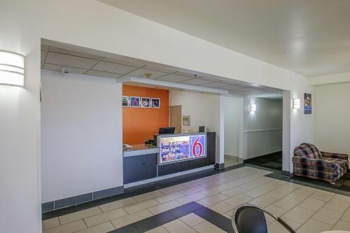 Motel 6 Nephi